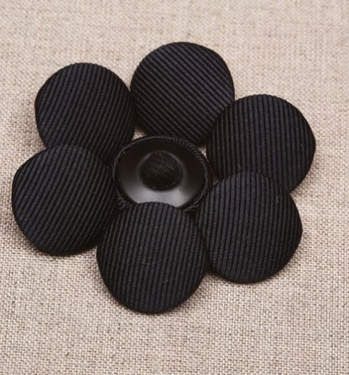 22L Silk Cord Covered Buttons