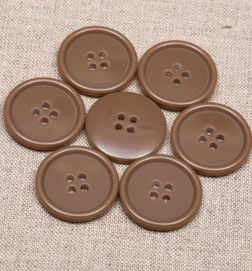 32L Thin Rim Polyester Buttons