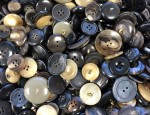 1kg Bag Assorted Horn Buttons - Mixed/Shank
