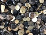 1kg Bag Assorted Horn Buttons - Bark Effect